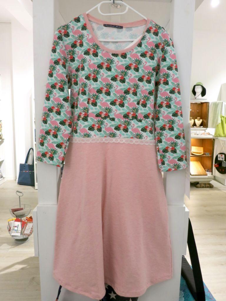 Handgefertigtes Kleid