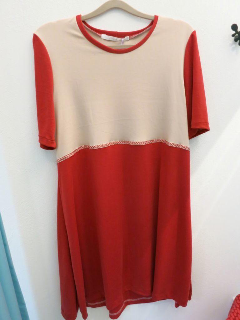 Kleid modisch